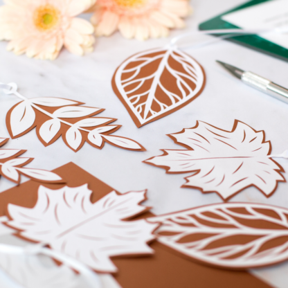 Leaf paper cutting kit
